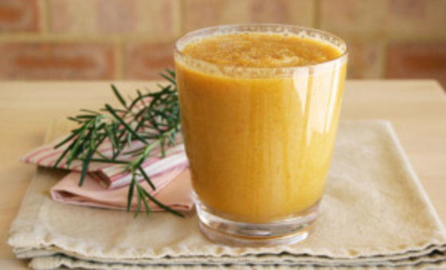 mrkvovo jablečné smoothie