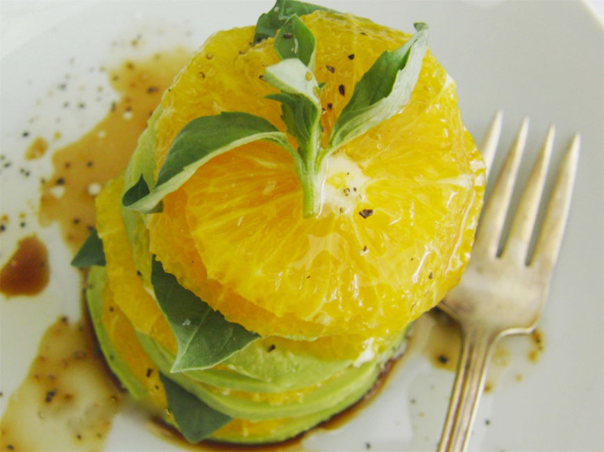 pomerančovo-avokádový salátek